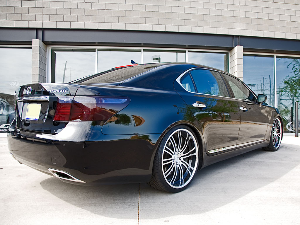 Lexus LS 460 photo 05