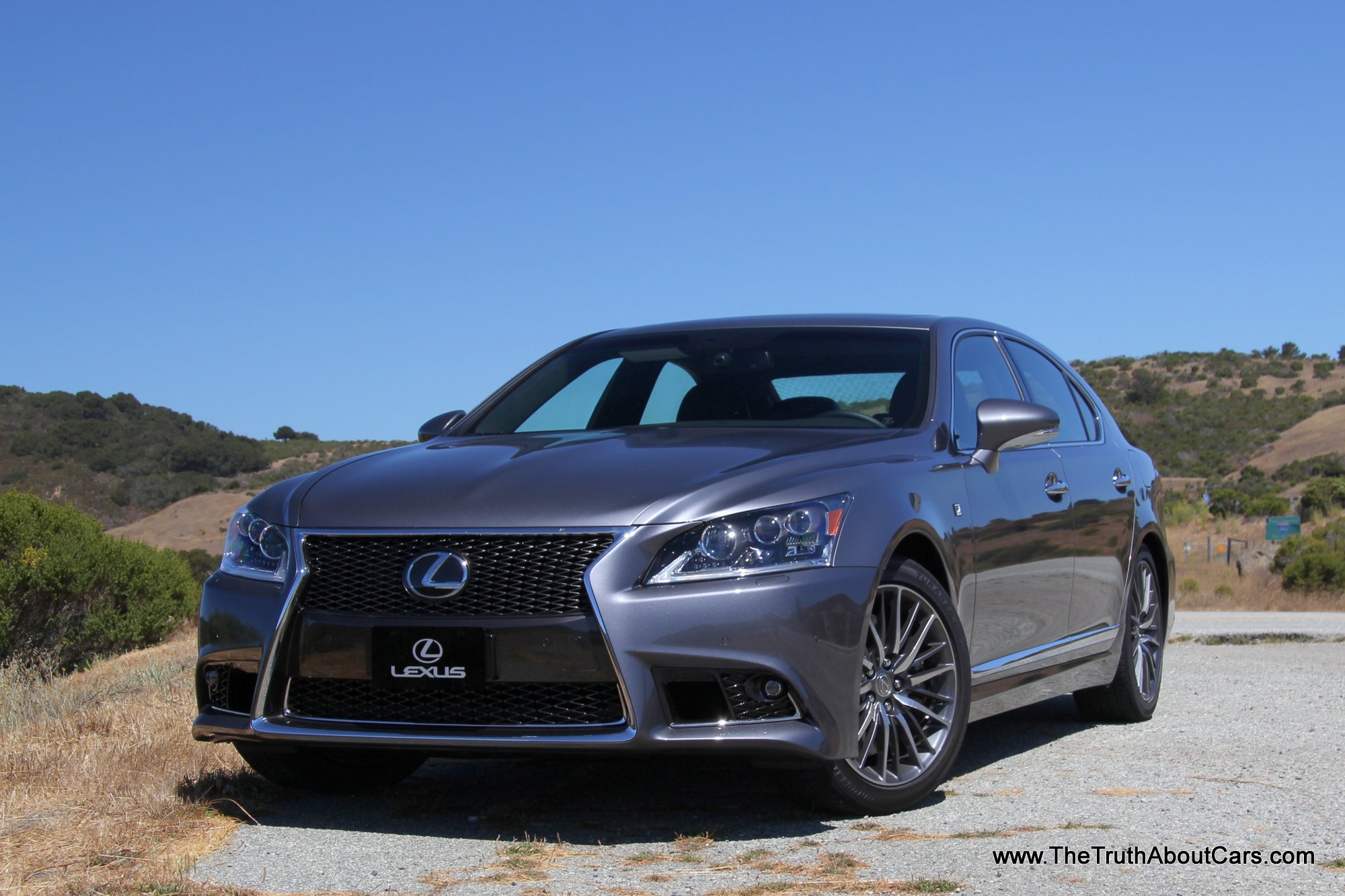 Lexus LS 460 photo 06