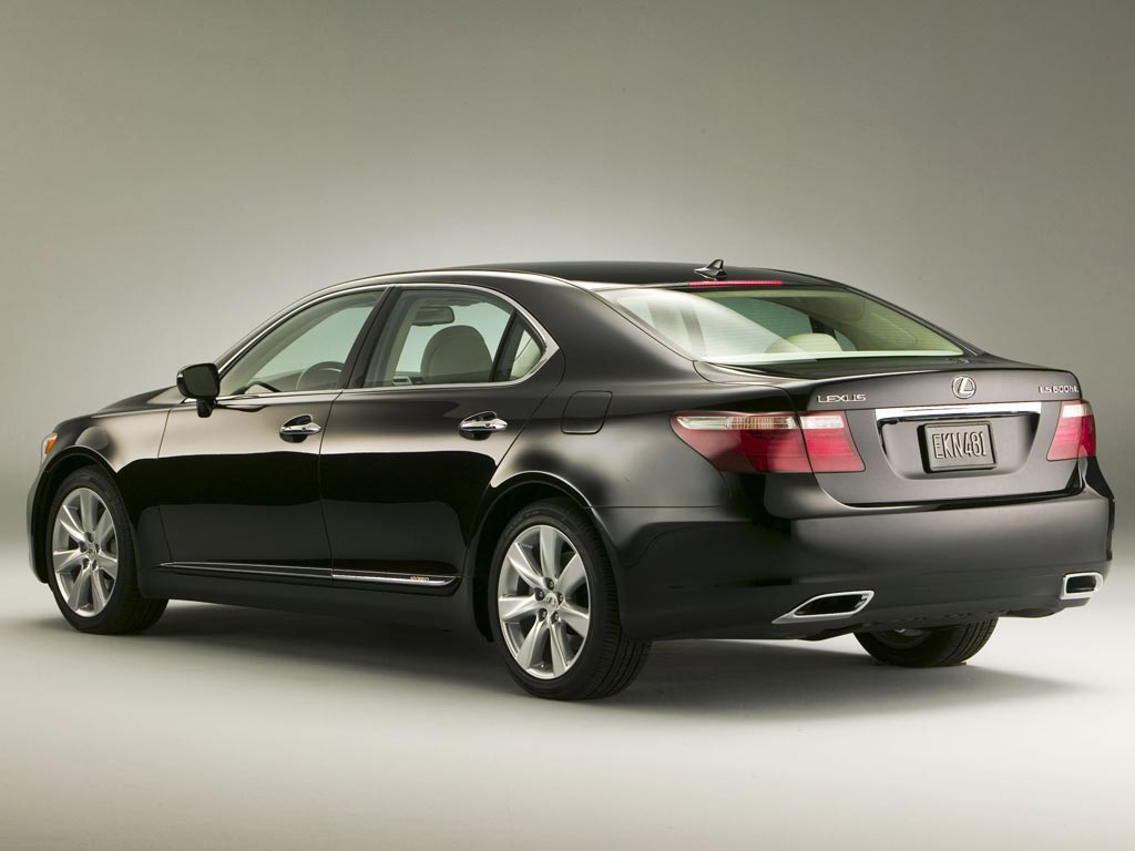 Lexus LS 600h photo 06
