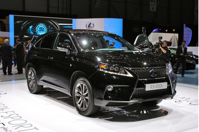 Lexus RX F Sport photo 03