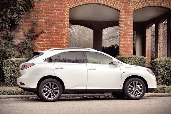 Lexus RX F Sport photo 04