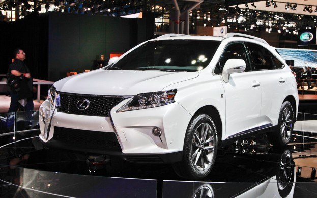 Lexus RX F Sport photo 10