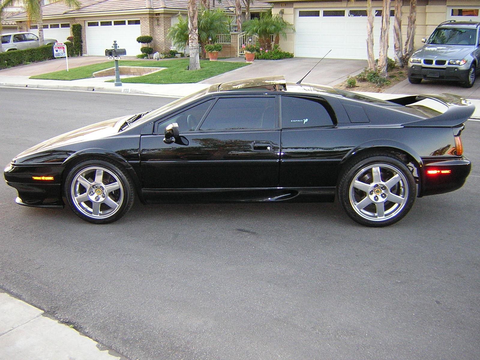 Lotus Esprit Used Car Review