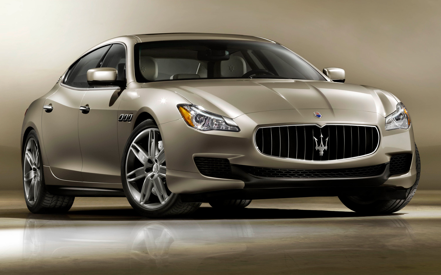 Maserati Quattroporte I photo 04