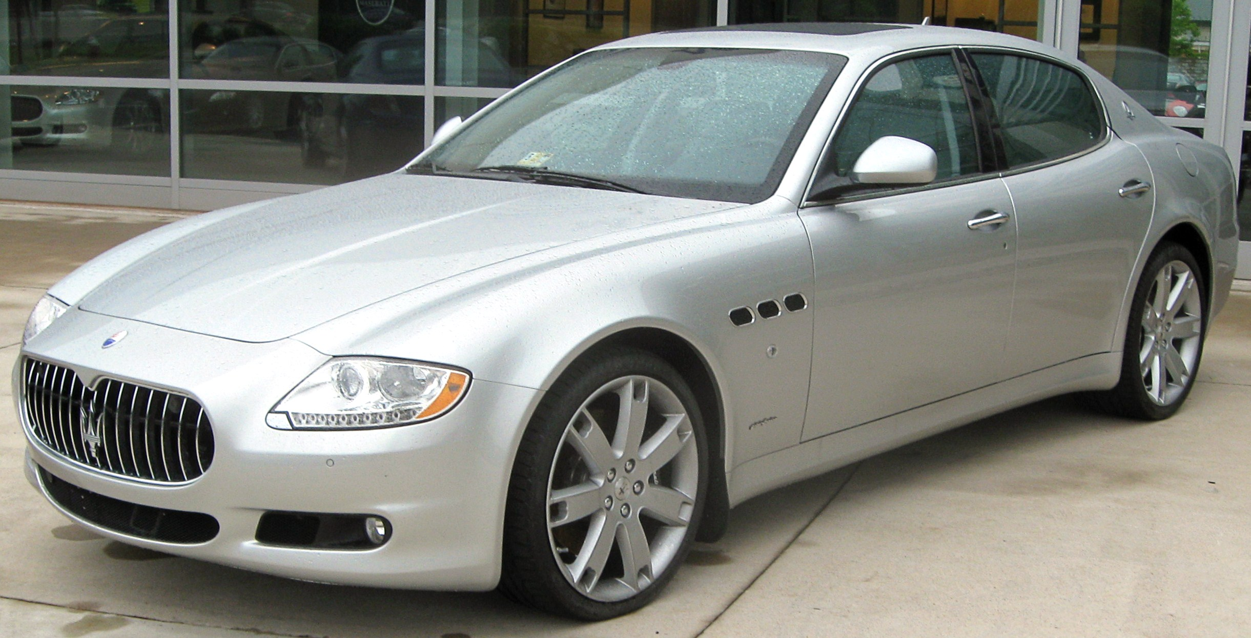 Maserati Quattroporte I photo 16