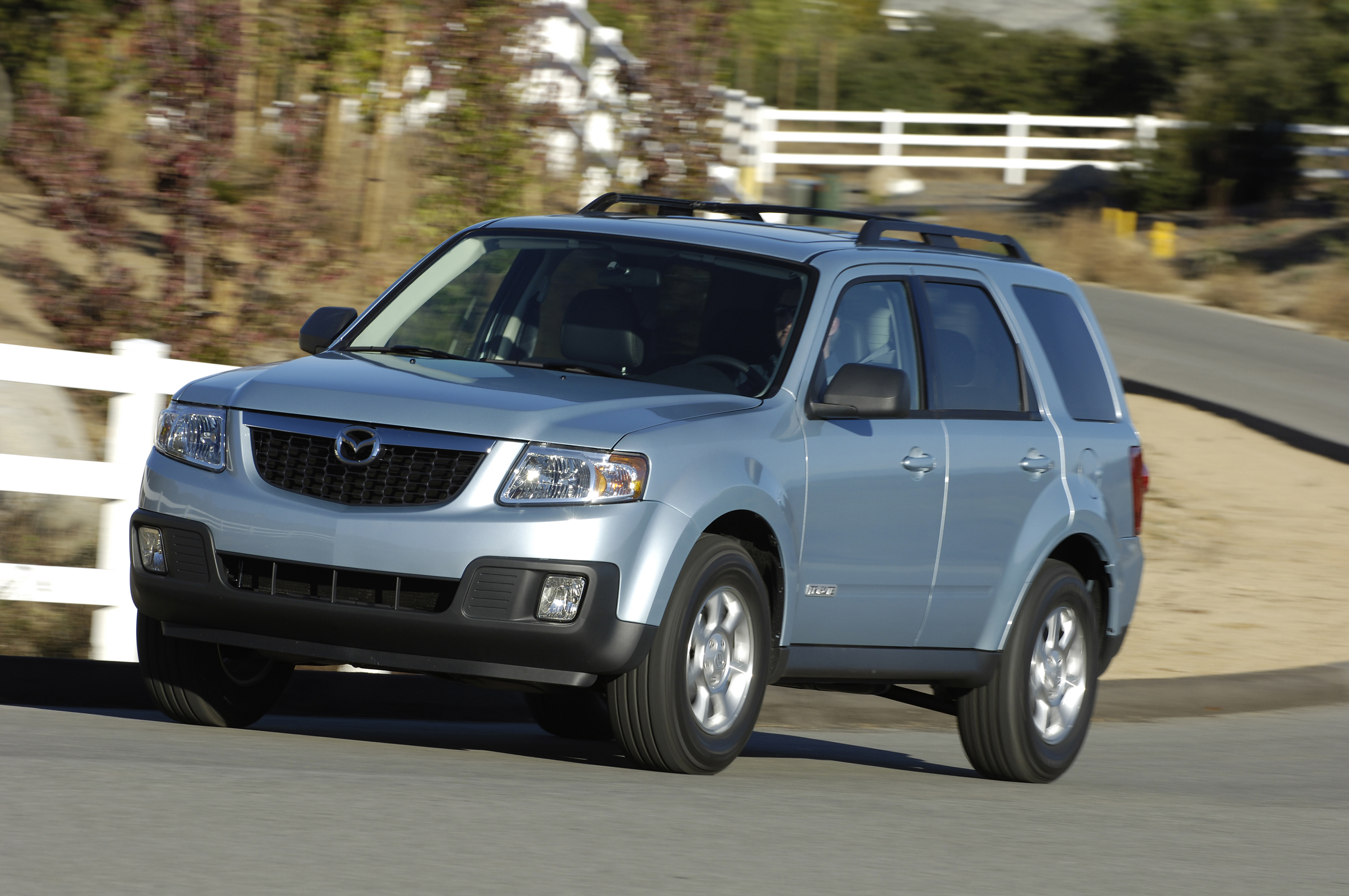 Mazda Tribute photo 04