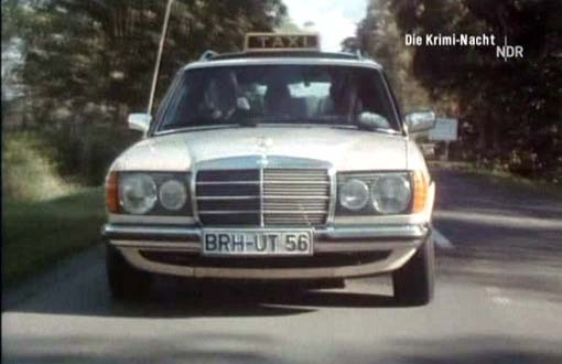 Mercedes-Benz 240 photo 13