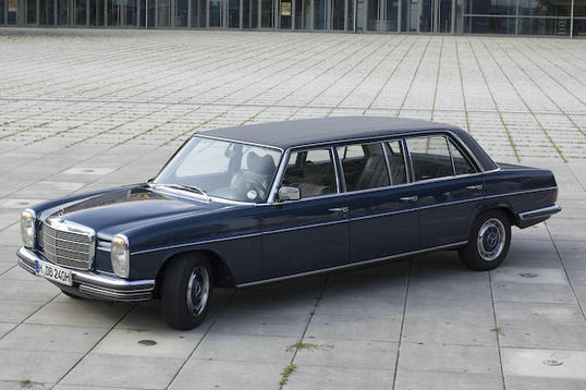 Mercedes-Benz 240 D 3.0 photo 12