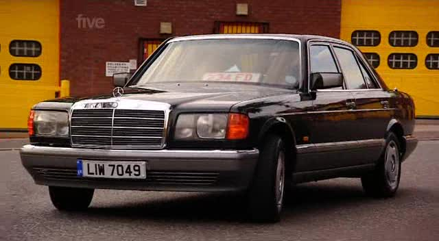 Mercedes-Benz 300 SE photo 08