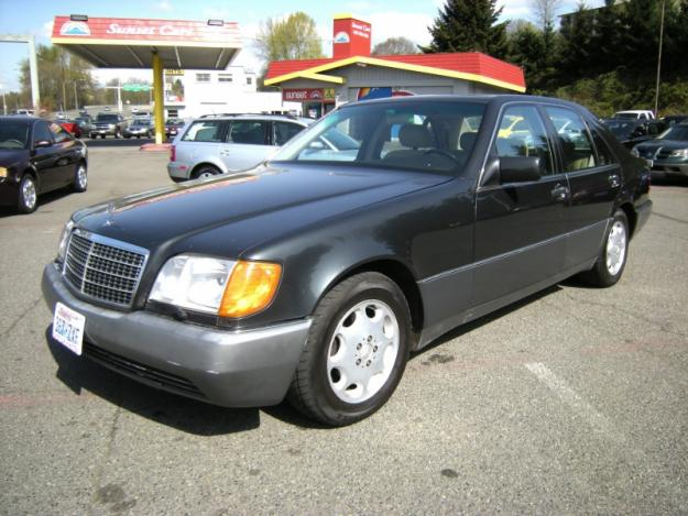 Mercedes-Benz 300 SE photo 12