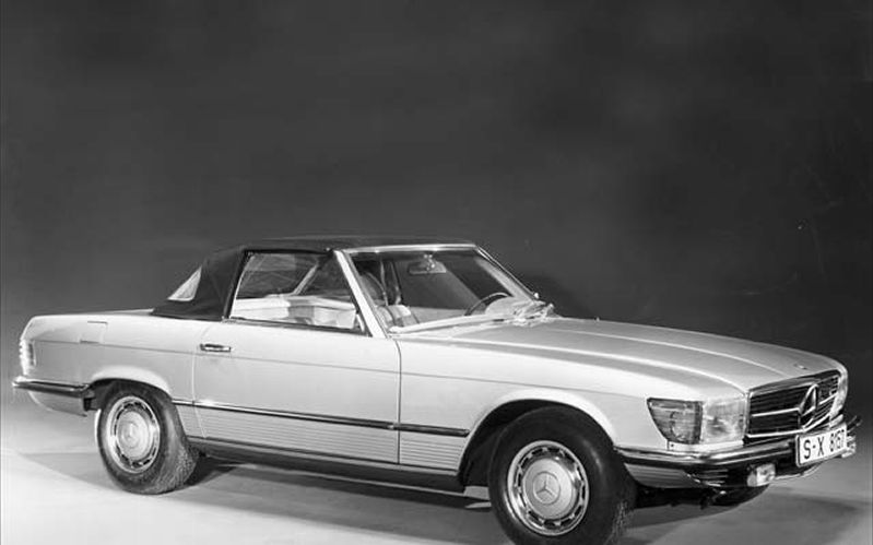 Mercedes-Benz 350 SL photo 06