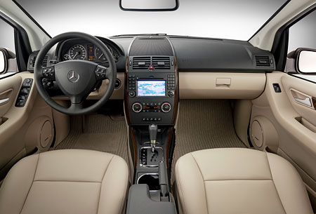 Mercedes benz a 150 technical details history photos on for Mercedes benz financial credit score