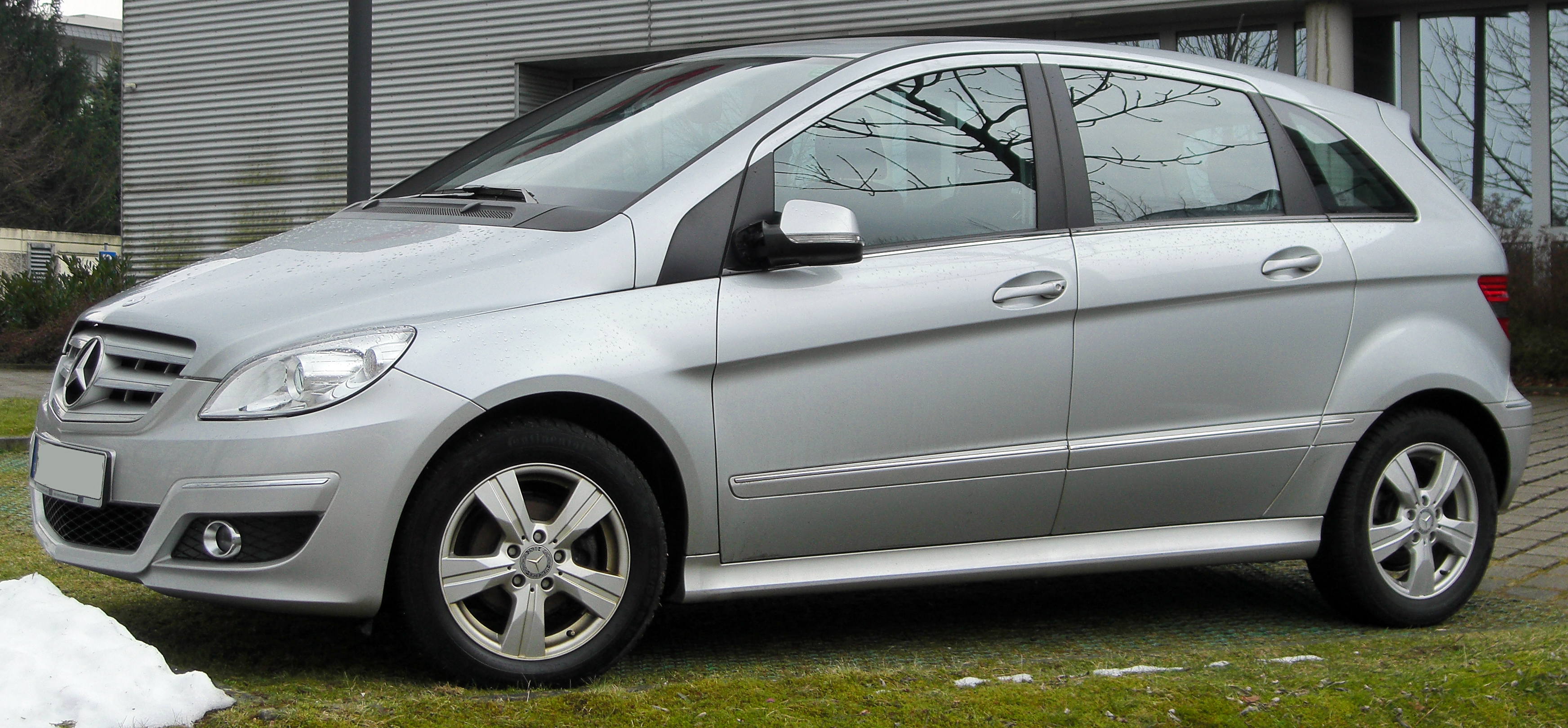 Mercedes-Benz B-Klasse photo 02