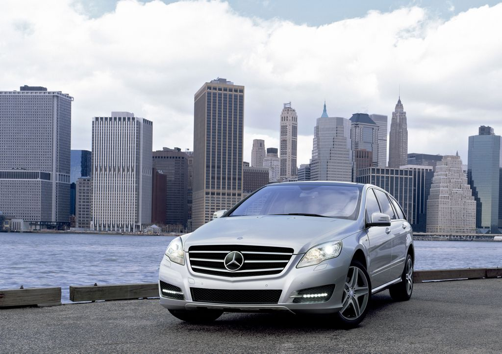 Mercedes benz c 160 technical details history photos on for 2008 mercedes benz r350 accessories