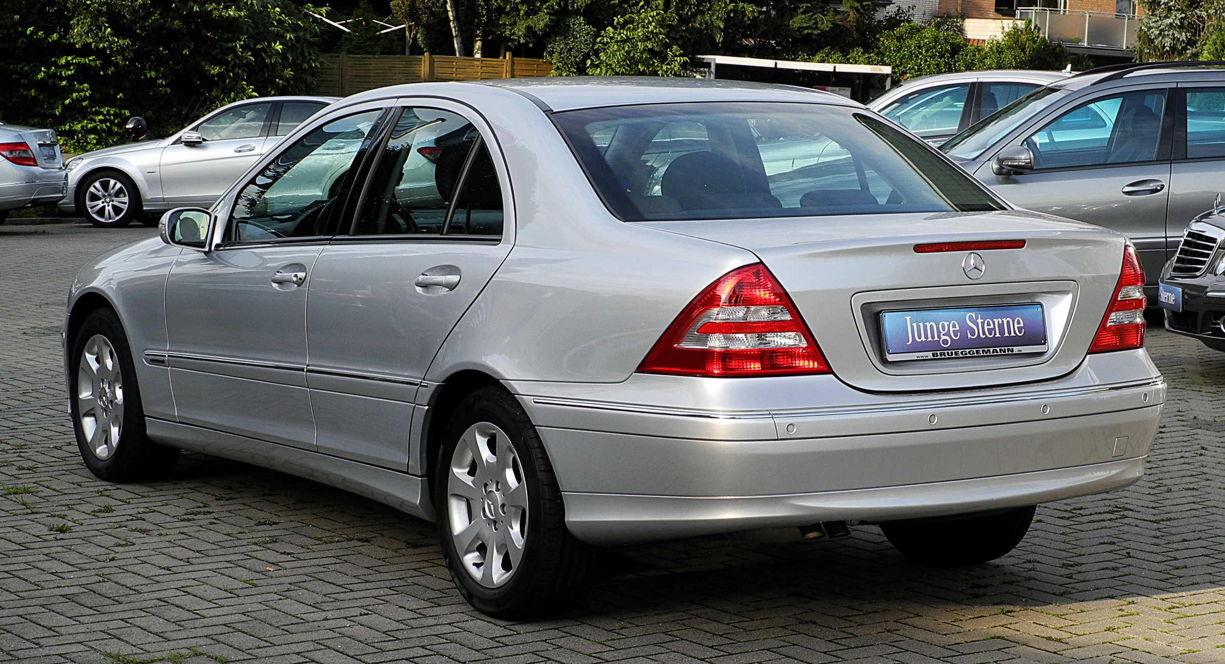 Mercedes benz c 230 technical details history photos on for History mercedes benz