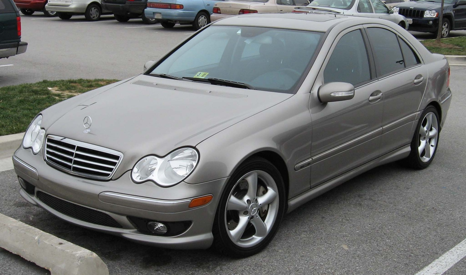 Mercedes benz c 240 photos 6 on better parts ltd for Mercedes benz of atlanta parts