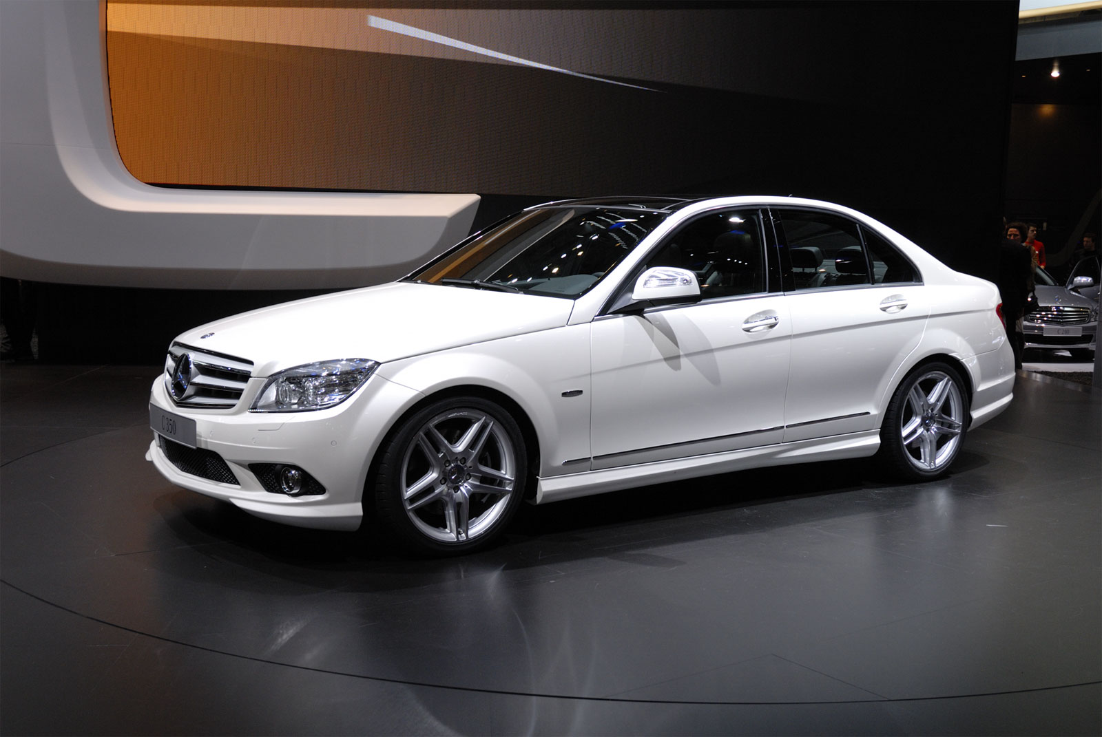 Mercedes benz c 350 technical details history photos on for Mercedes benz 350 c