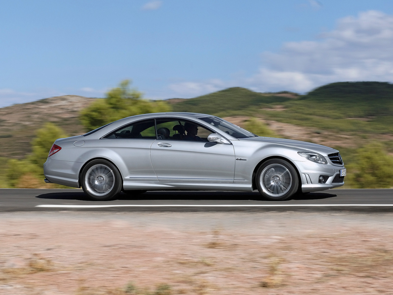 Mercedes-Benz CL 63 AMG photo 08