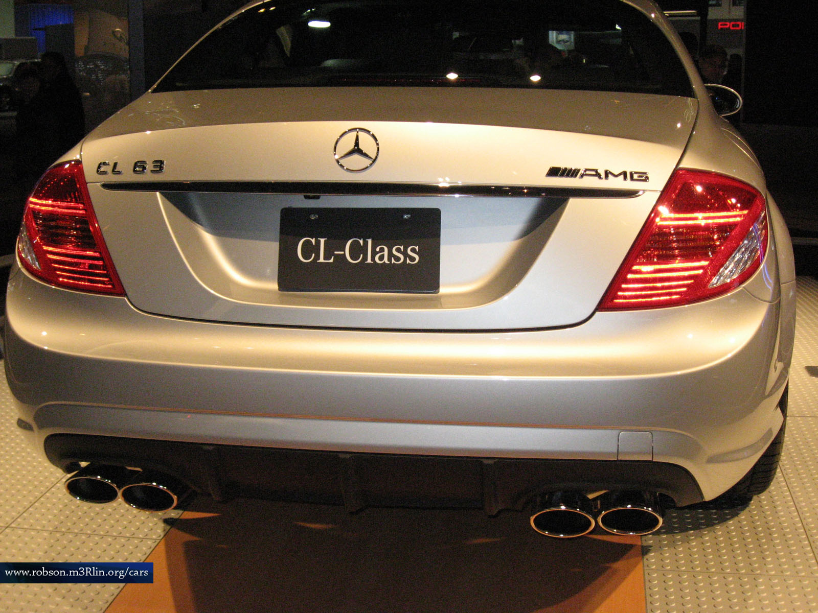 Mercedes-Benz CL 63 AMG photo 12