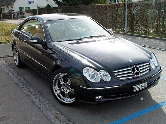 Mercedes-Benz CLK 500 photo 13