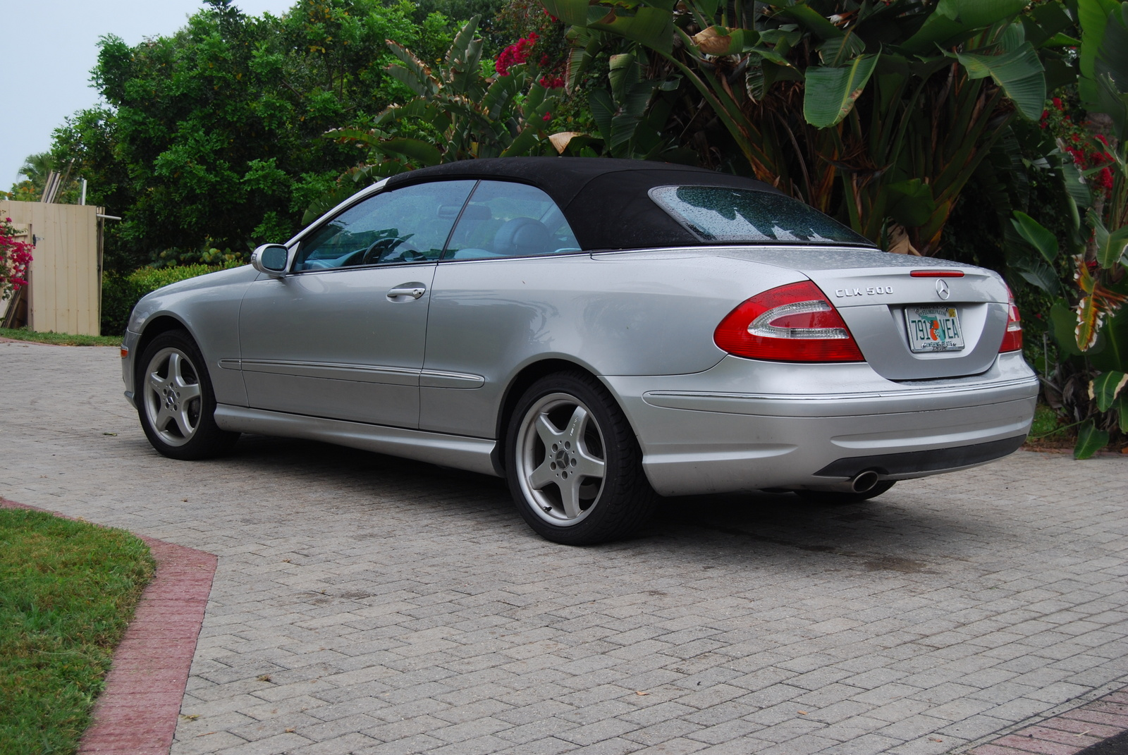 Mercedes-Benz CLK 500 photo 15