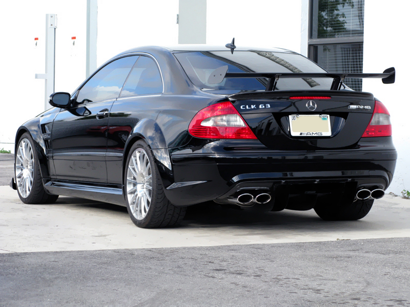 Mercedes-Benz CLK 63 AMG photo 04