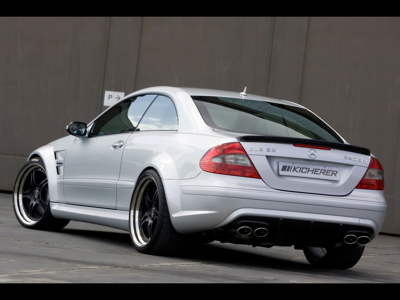 Mercedes-Benz CLK 63 AMG photo 07