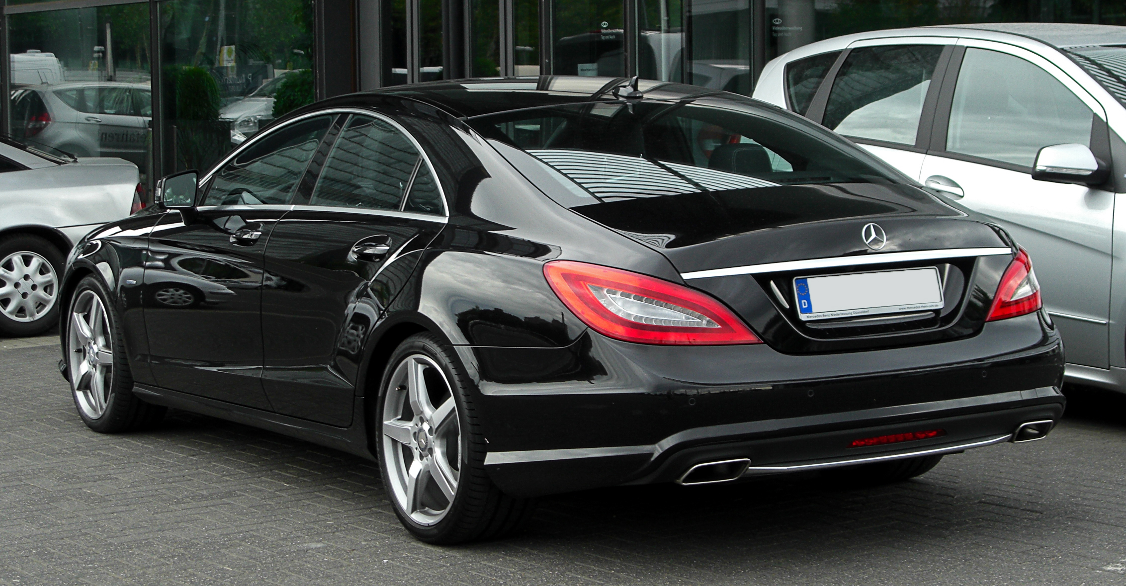 mercedes benz cls 500 technical details history photos. Black Bedroom Furniture Sets. Home Design Ideas