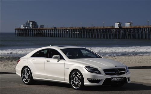 Mercedes-Benz CLS 63 AMG Performance Package photo 03