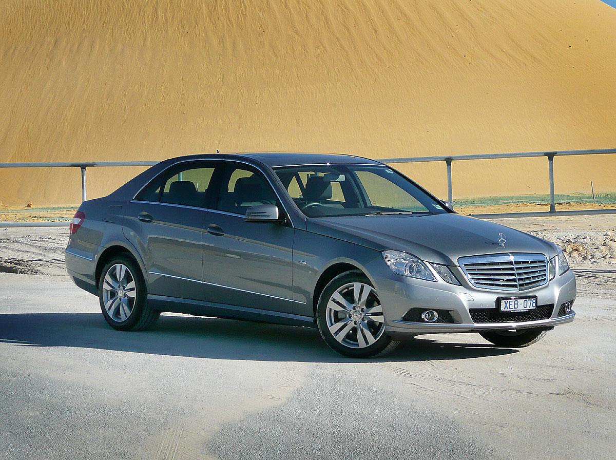Mercedes benz e 220 technical details history photos on for Mercedes benz classic parts