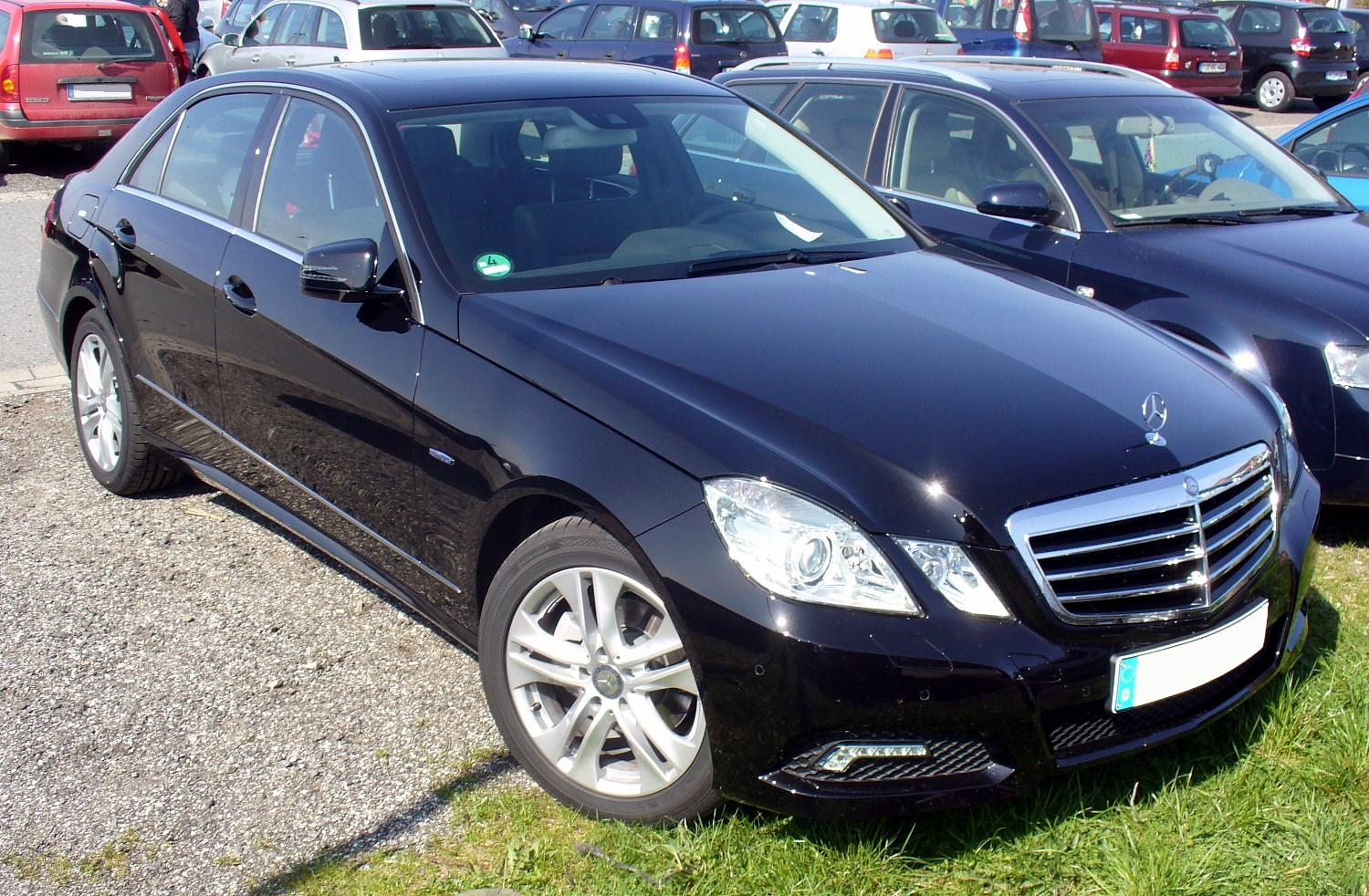 Mercedes benz e 220 technical details history photos on for Www mercedes benz parts