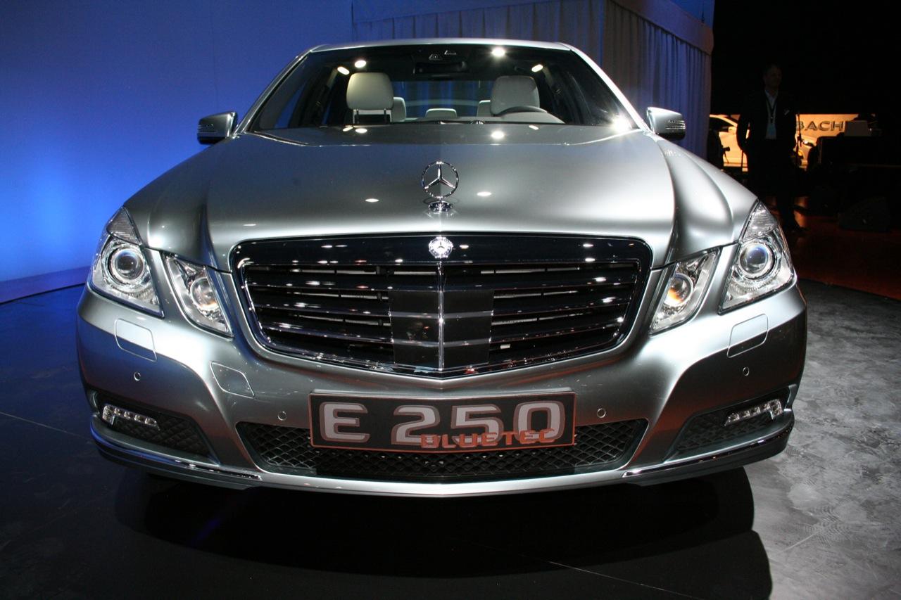 Mercedes benz e 250 technical details history photos on for Mercedes benz manhattan parts