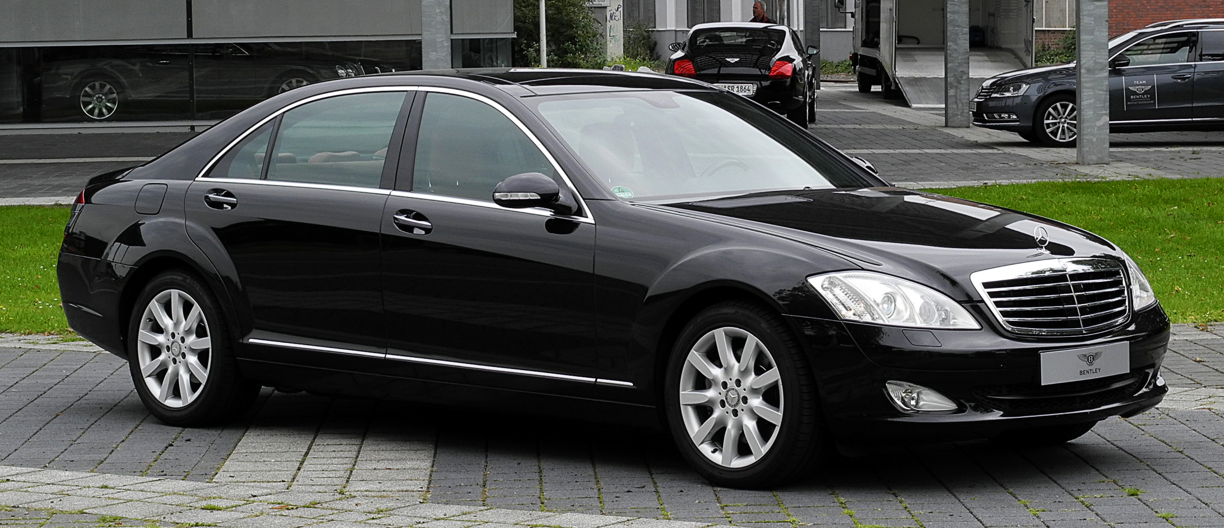 Mercedes benz e 320 cdi 4matic technical details history for 320 mercedes benz