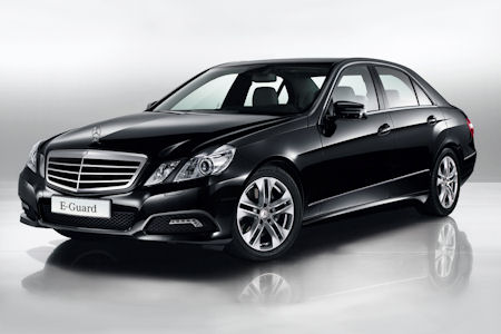 Mercedes-Benz E-Class photo 02