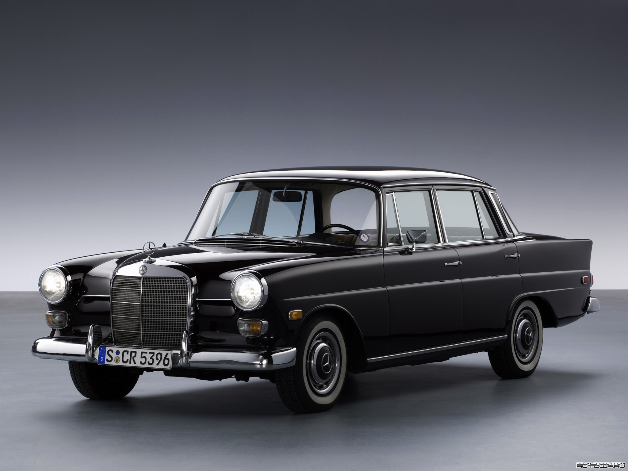 Mercedes benz e class history photos on better parts ltd for History mercedes benz