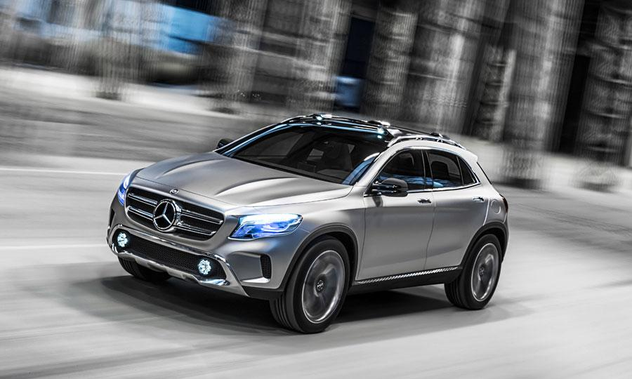 Mercedes-Benz GLA photo 02