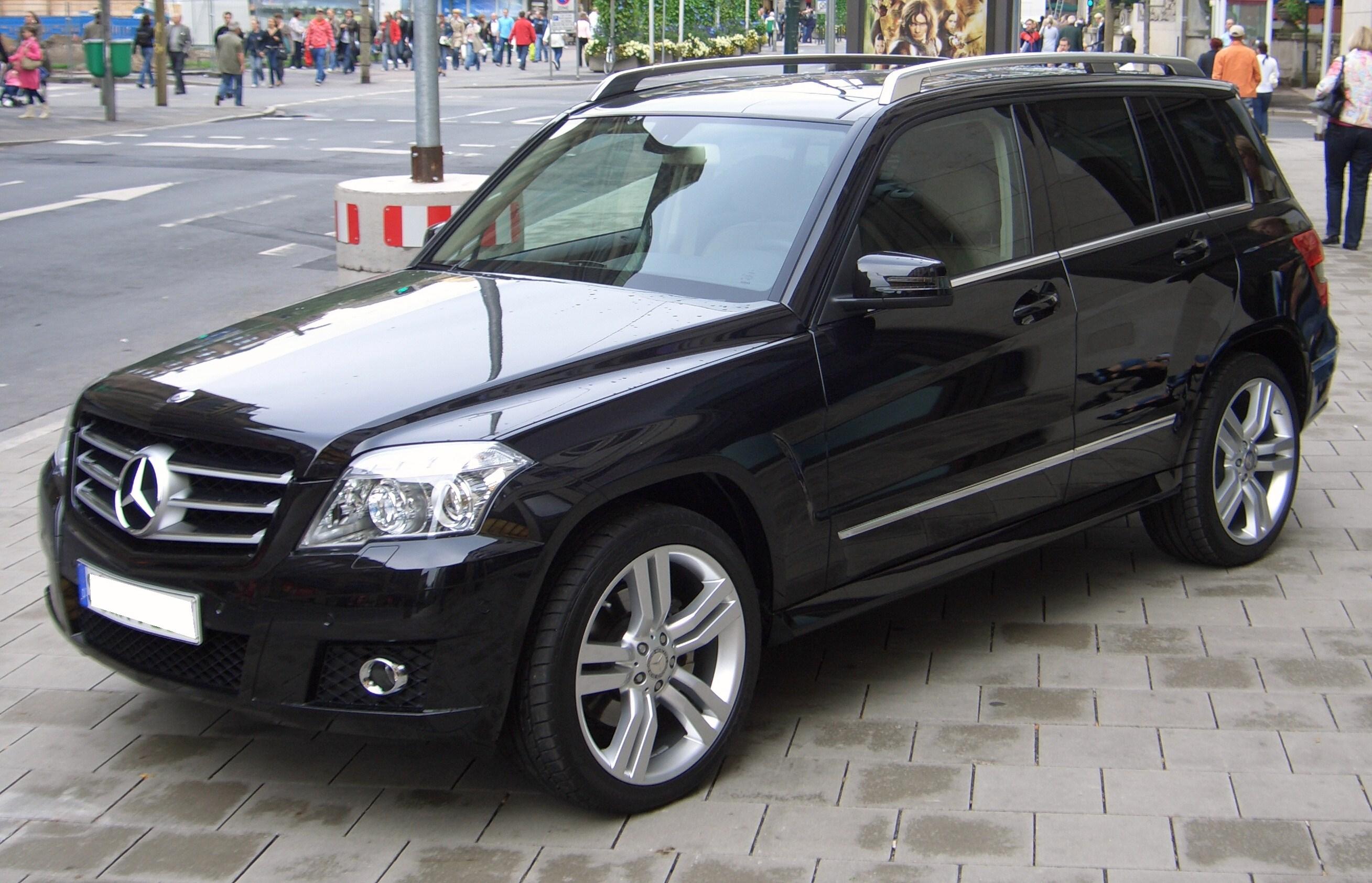 Mercedes Benz Glk 350 Image 2