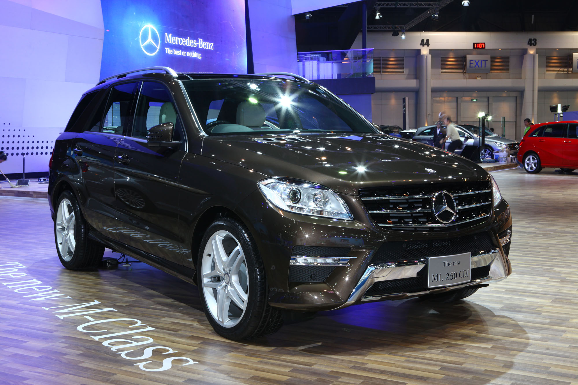 mercedes benz ml 250 technical details history photos on better parts ltd. Black Bedroom Furniture Sets. Home Design Ideas