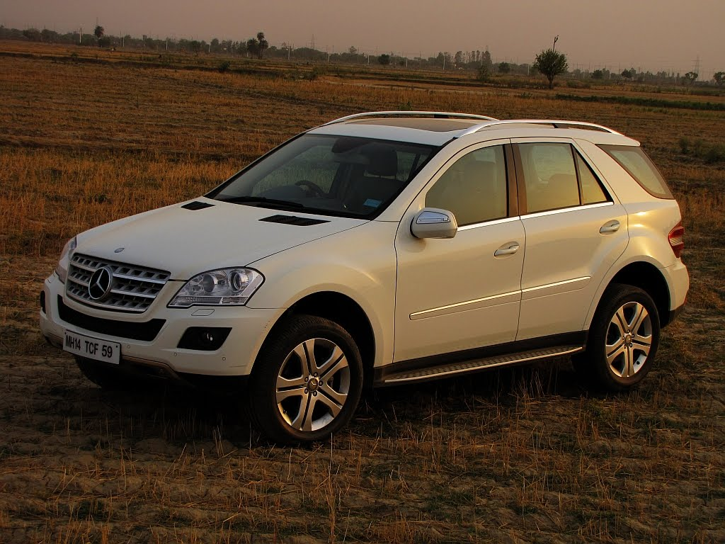 Mercedes benz ml 320 cdi technical details history for Mercedes benz ml350 accessories