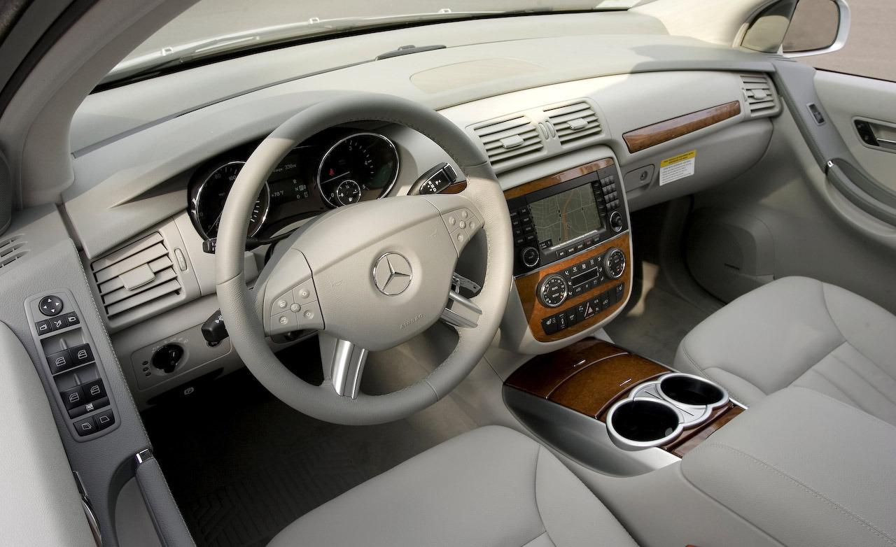 Mercedes benz r 320 technical details history photos on for Interior parts for mercedes benz