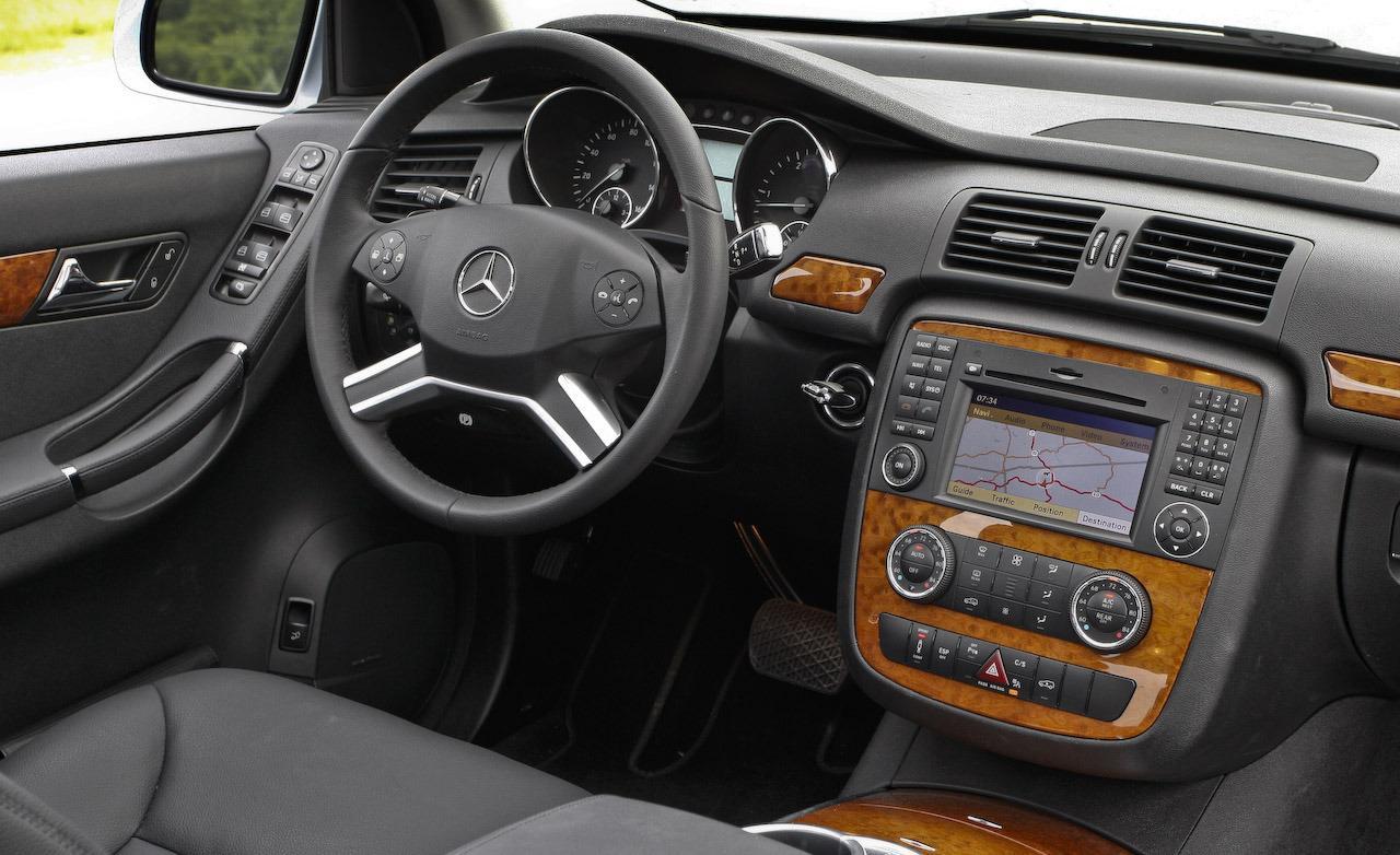 Mercedes benz r 320 photos 9 on better parts ltd for Interior parts for mercedes benz