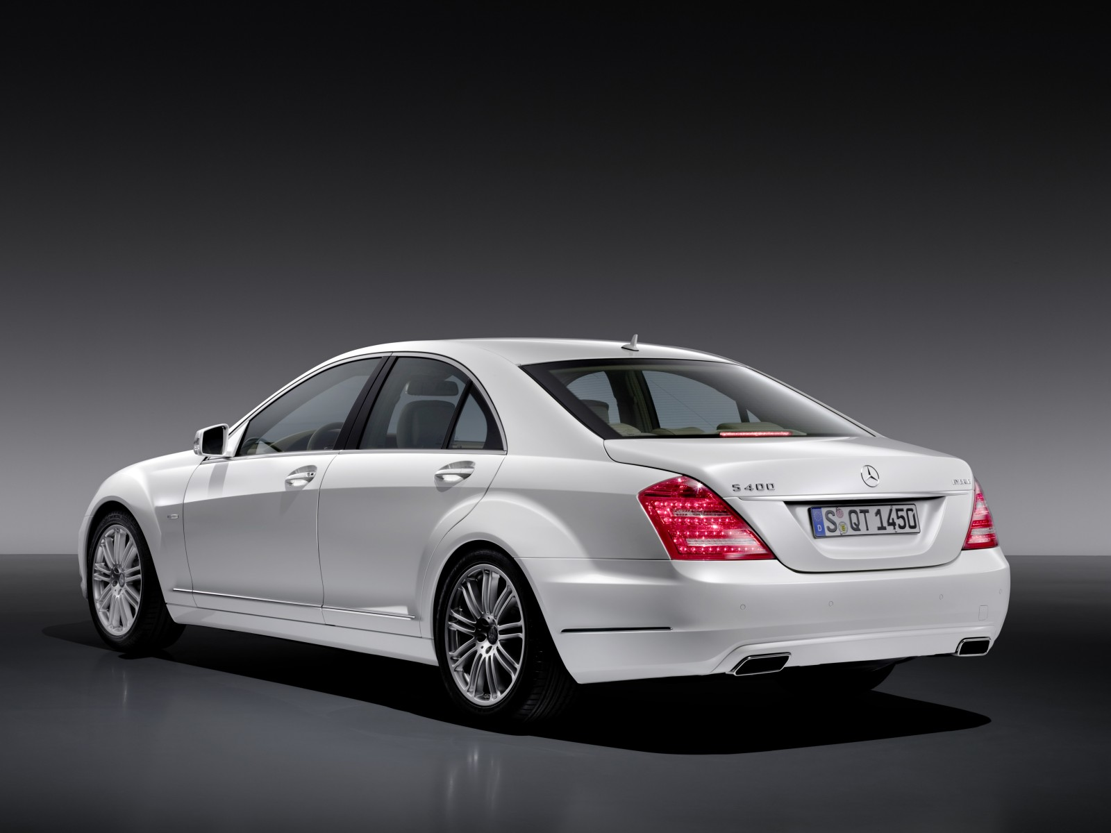Mercedes benz s 400 hybrid technical details history for Mercedes benz hybrids