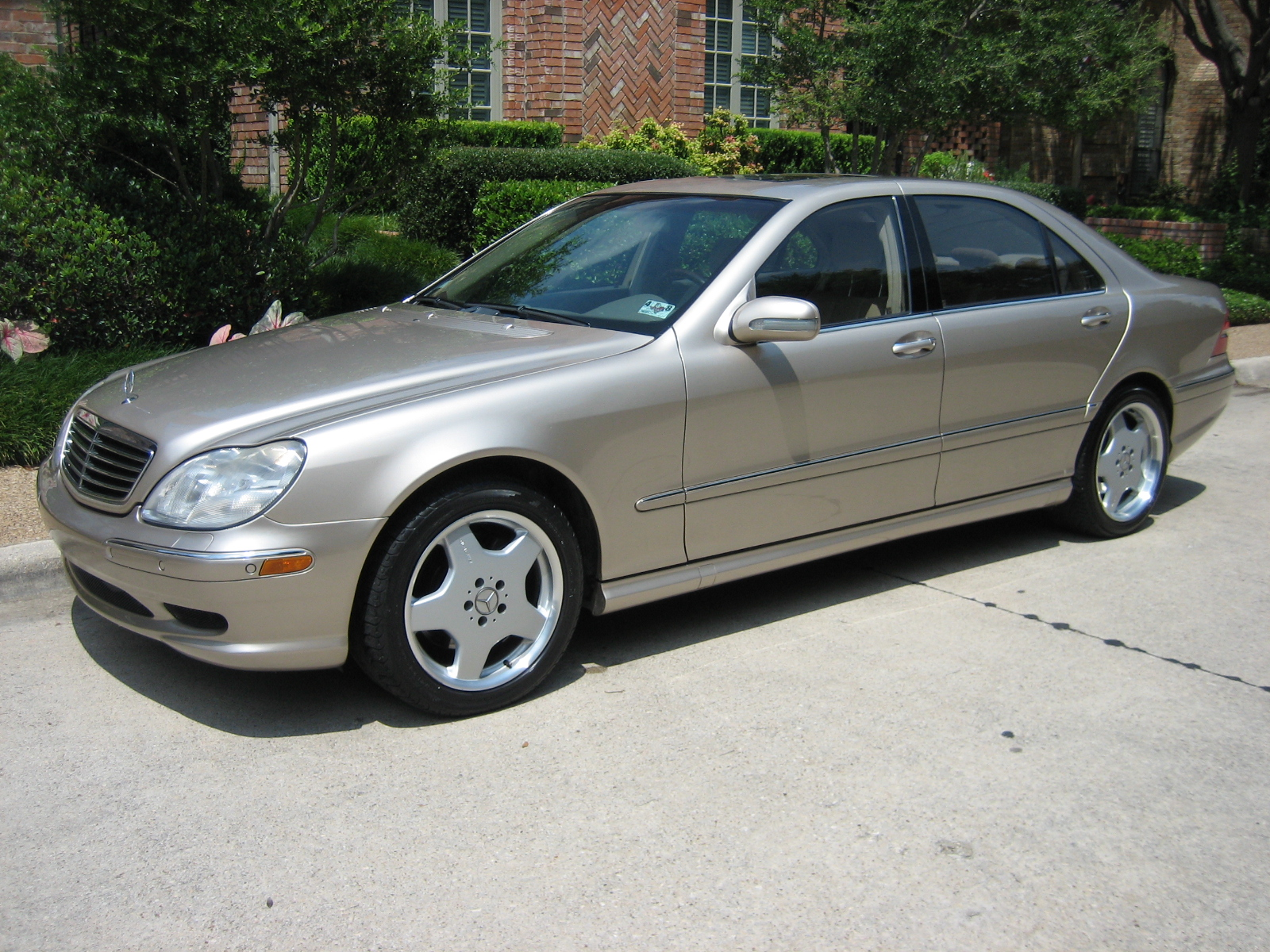Mercedes benz s 500 technical details history photos on for Www mercedes benz parts