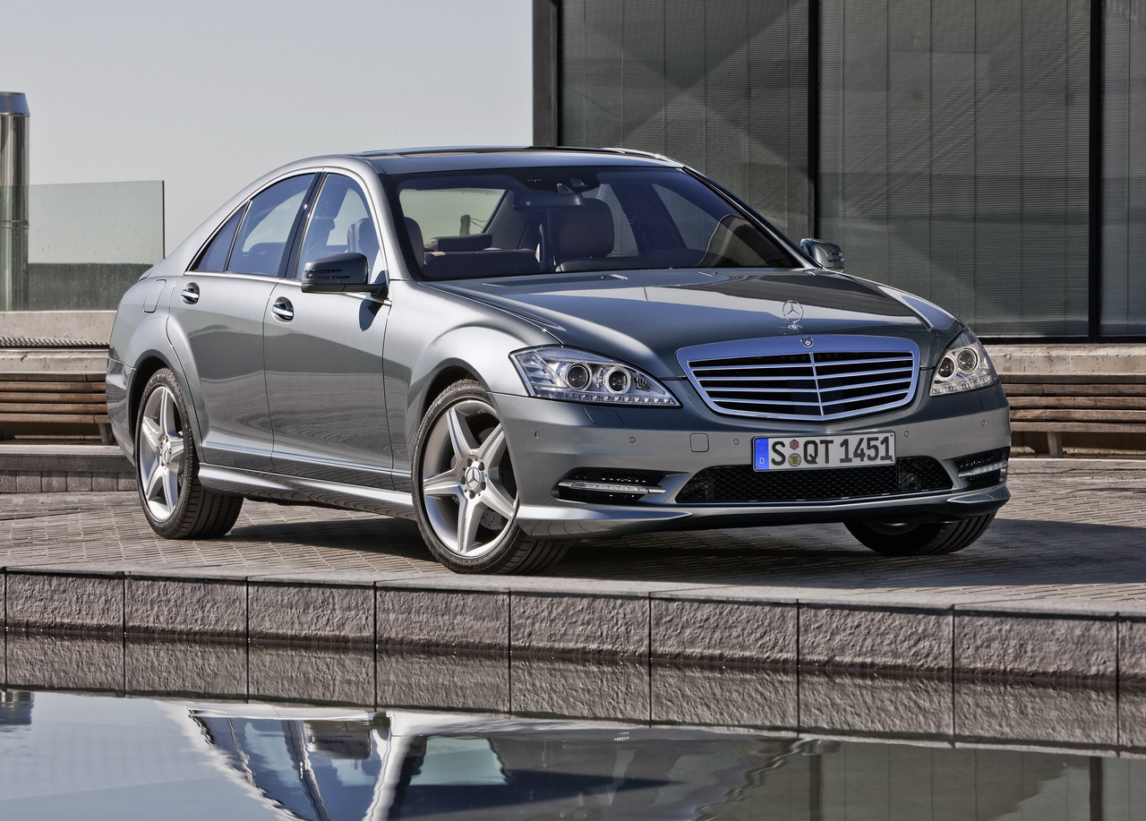Mercedes benz s 500 4matic technical details history for Mercedes benz automobile parts