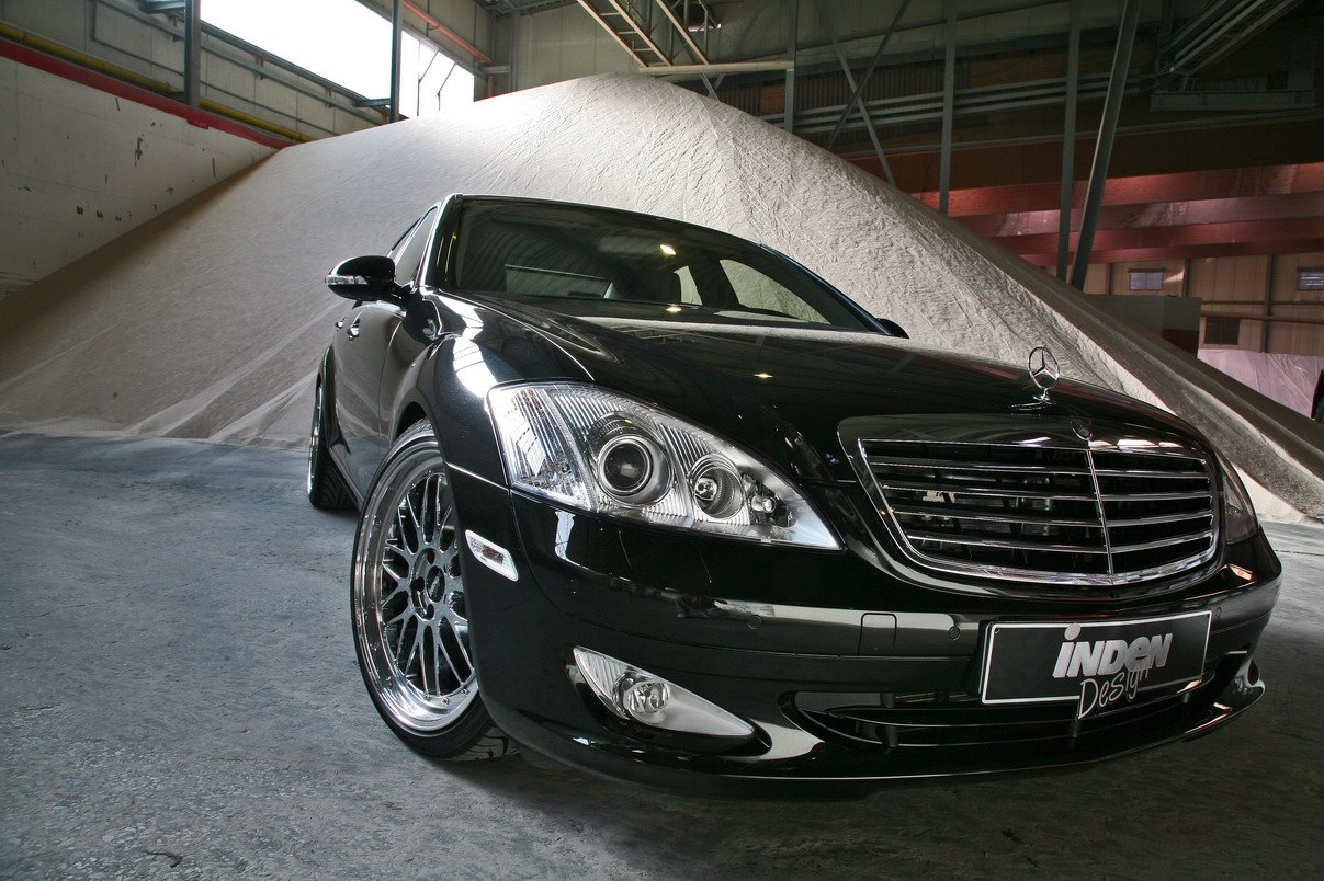 Mercedes benz s 500 4matic photos 4 on better parts ltd for Mercedes benz dealer parts