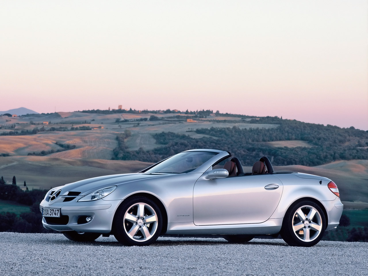 Mercedes benz slk 200 kompressor technical details for Mercedes benz slk accessories