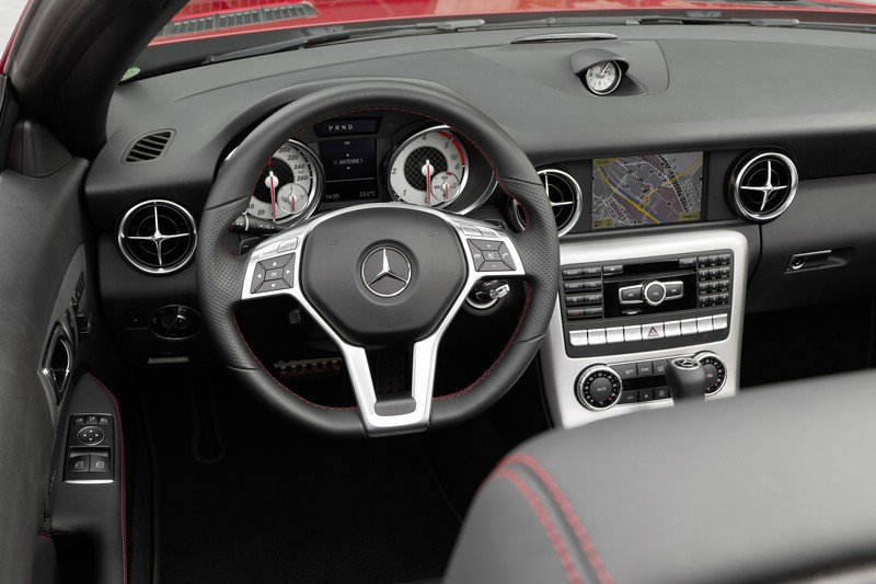 Mercedes-Benz SLK 250 CDI photo 11