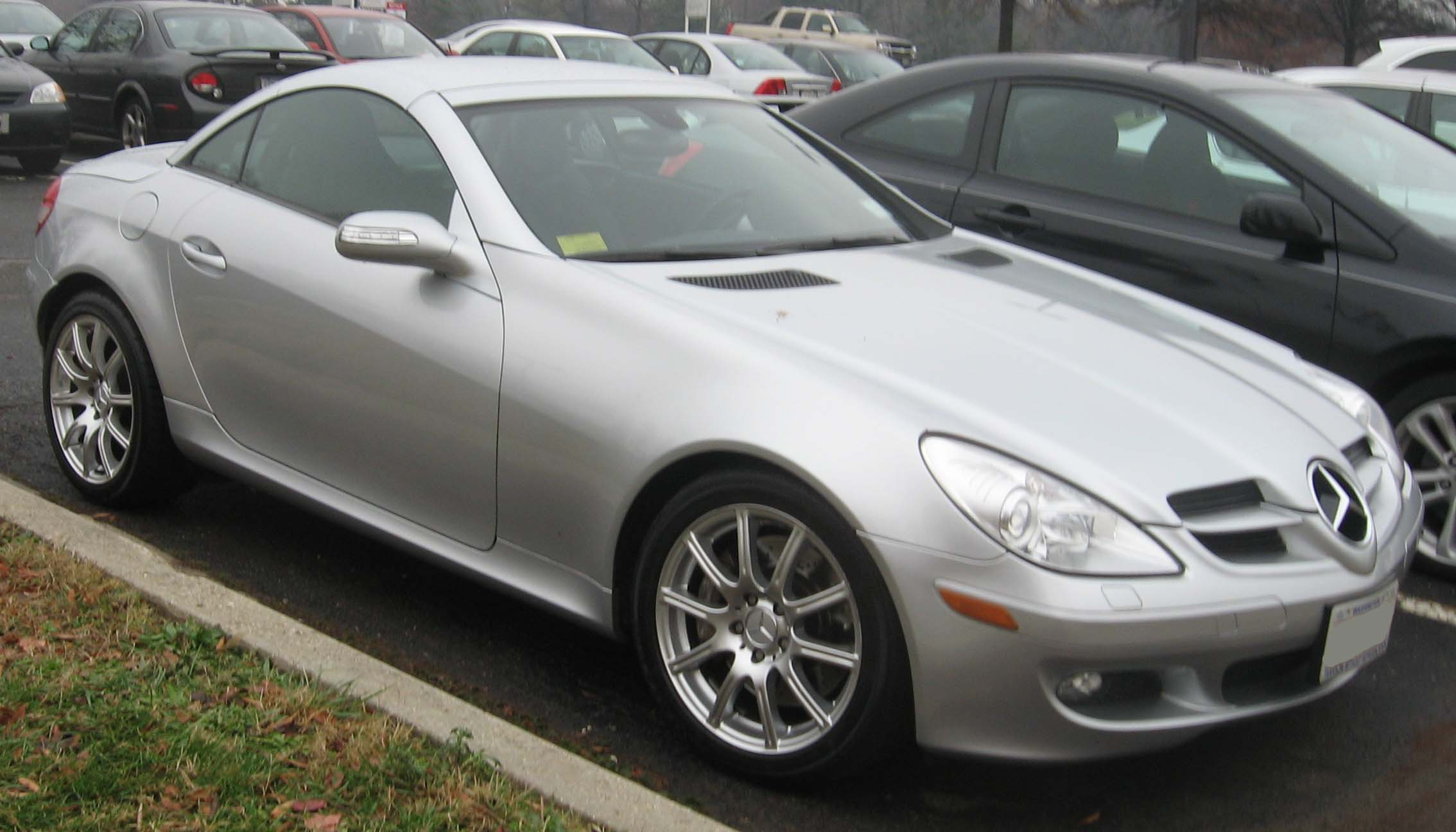 Mercedes benz slk 350 technical details history photos for Www mercedes benz parts