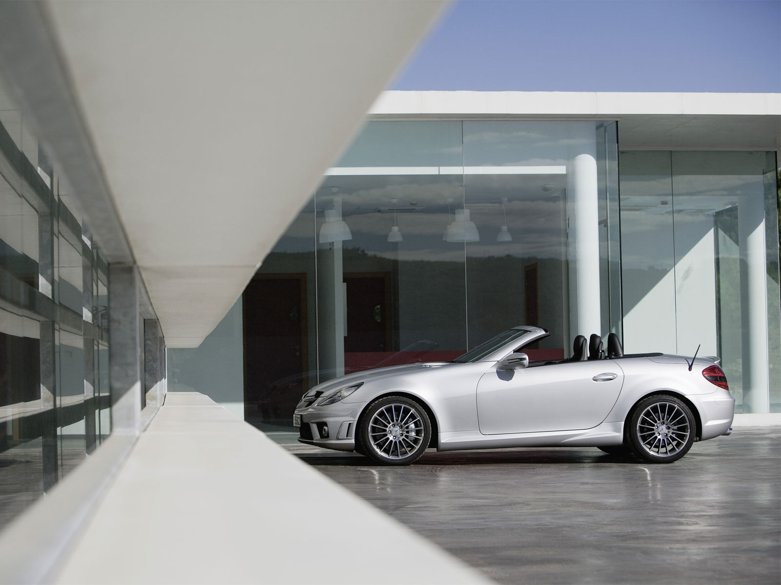 Mercedes-Benz SLK 55 AMG photo 12