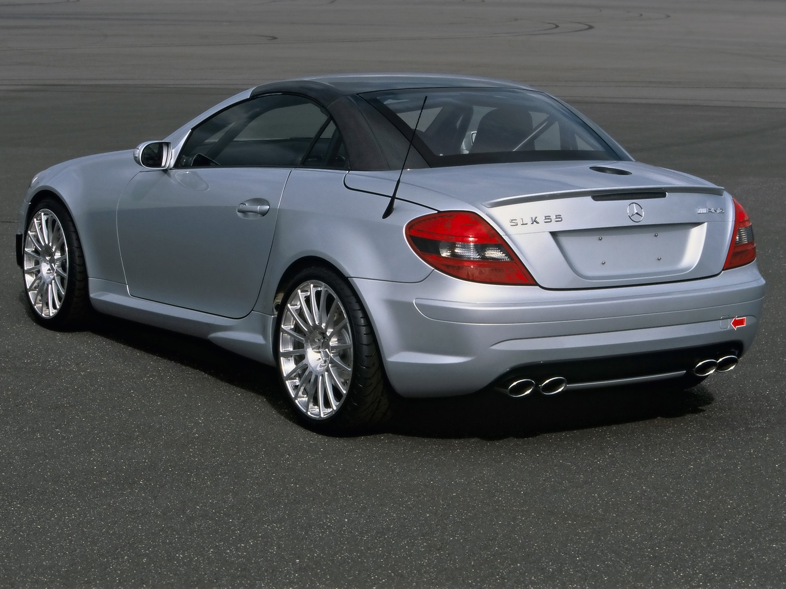 Mercedes-Benz SLK 55 AMG photo 14